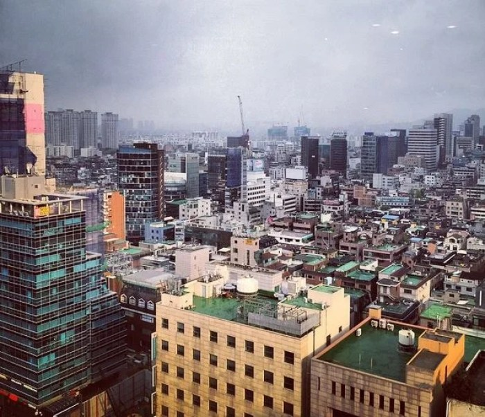 Waking up to this view from the Ritz-Carlton Seoul was amazing