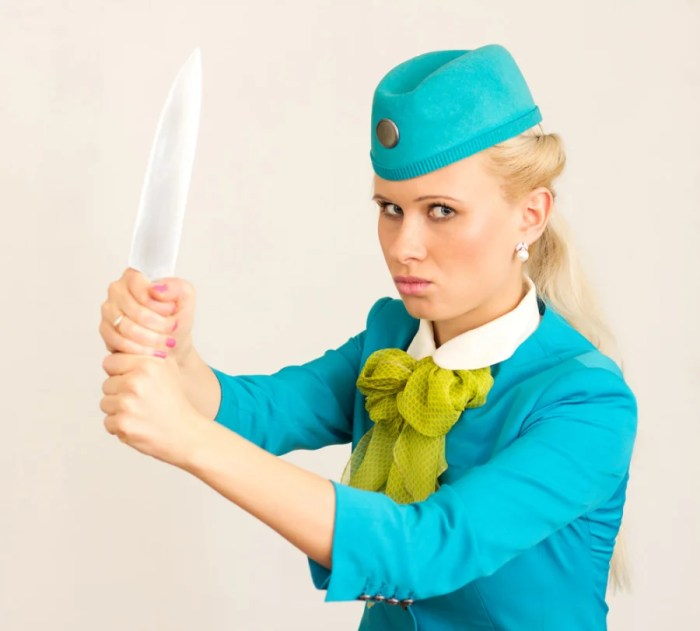 It takes these 8 types of passengers to send our TPG flight-attendant insider over the (knife's) edge. (Shutterstock)