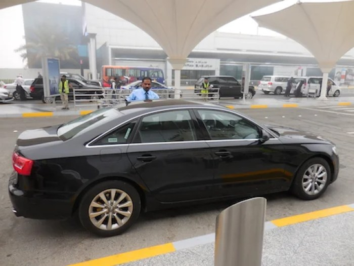 Our ride from Dubai to AUH courtesy of Etihad Chauffeur.