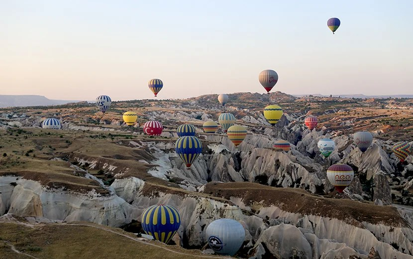 hot air balloon ride cappadocia turkey