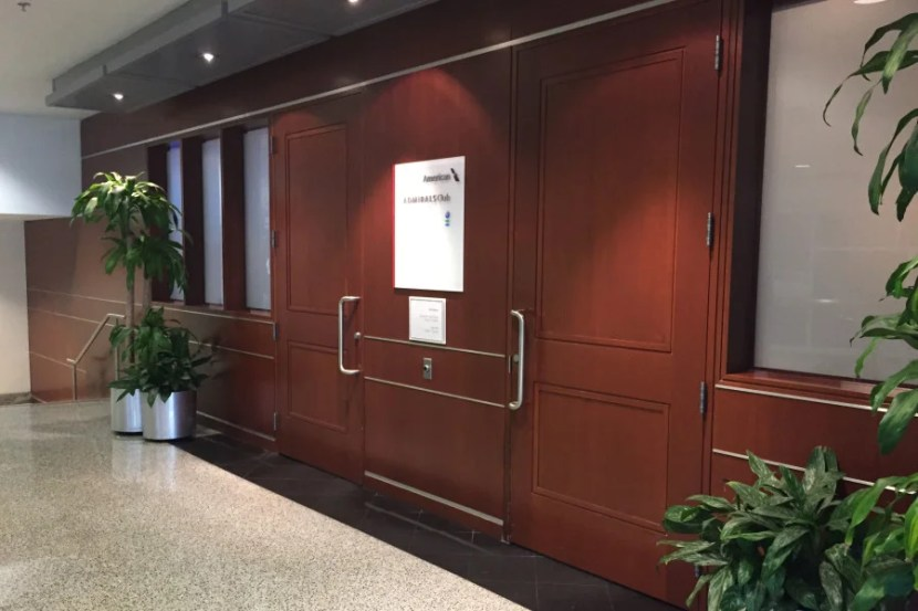 The entrance to this Admirals Club is inexplicably locked at all times.