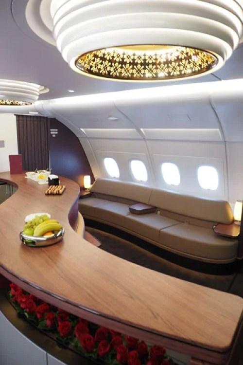 Qatar-bar-vertical