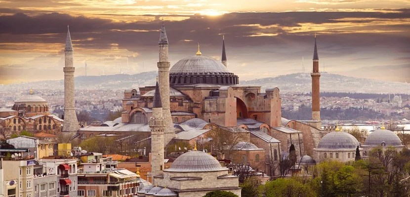 Istanbul featured shutterstock 277651025