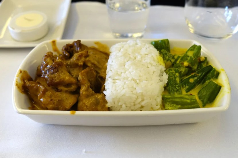My sister's Indonesian beef entree was definitely the highlight.