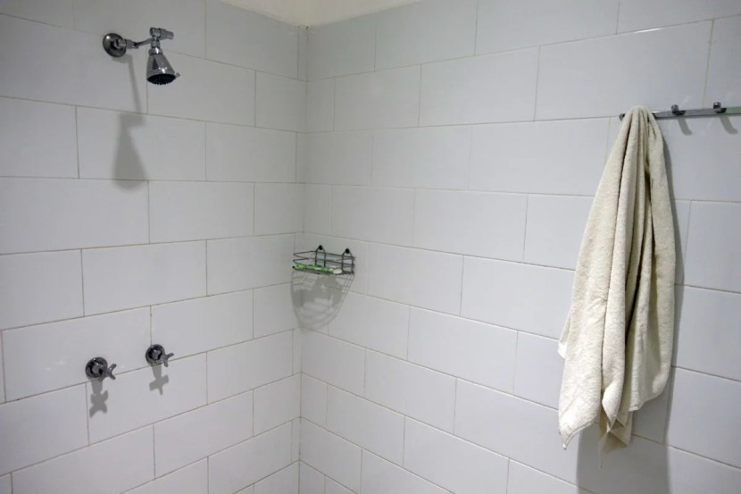 The TG Lounge's shower shockingly low-end.