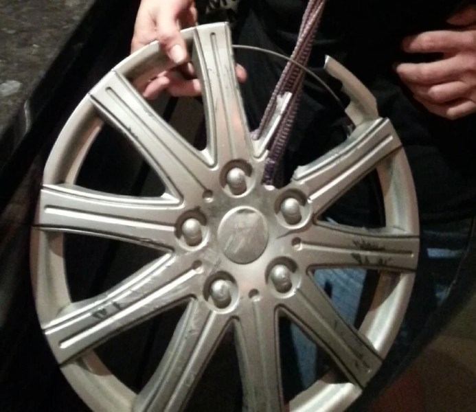 This hubcap came home with me.