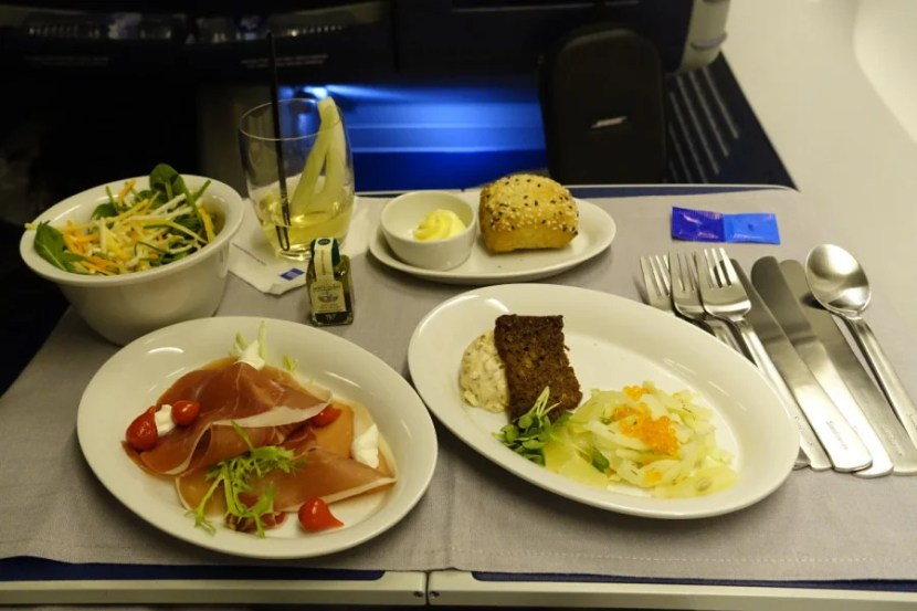 The salmon and ham appetizers on SK 901.