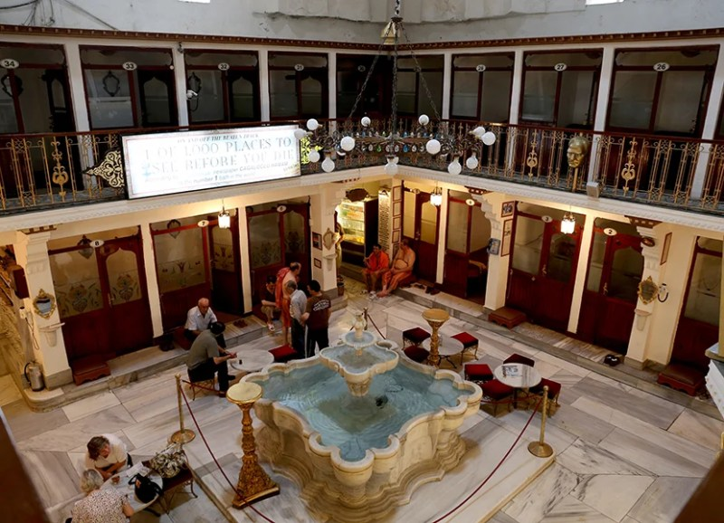The entire hammam - including the marble lobby and its fountain- is original. Photo by David.