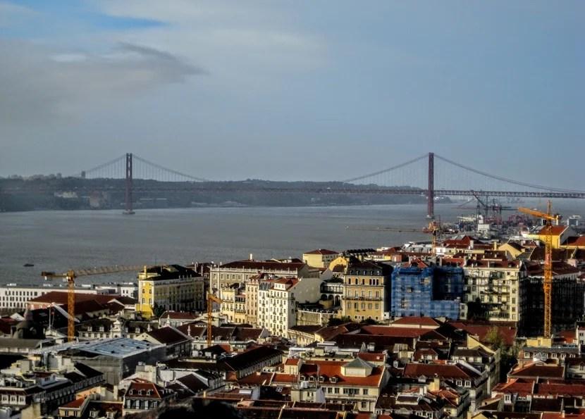A view of the Golden Gate's twin bridge, the 25th of April bridge