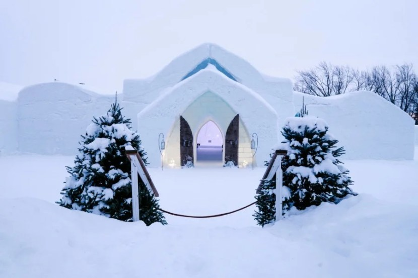 hotel de glace quebec ice hotel