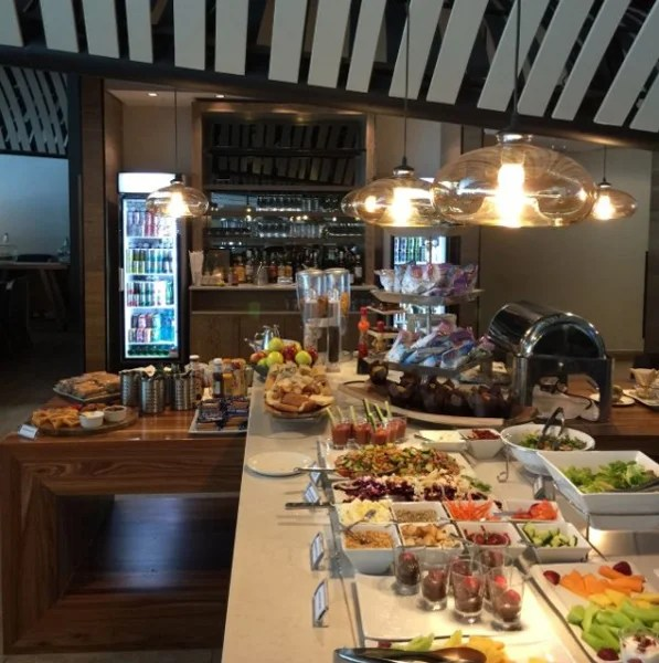The CPT Servisair Lounge had tasty, fresh foods.