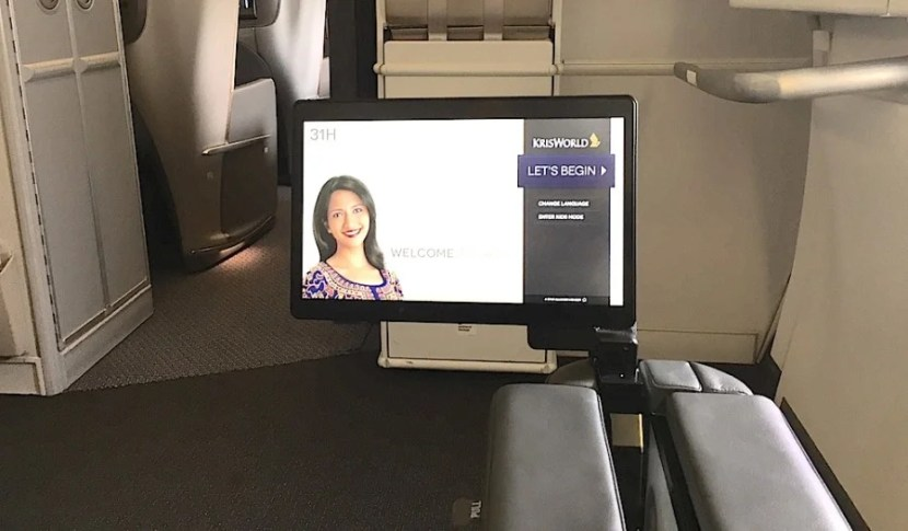 The bulkhead seat's IFE.