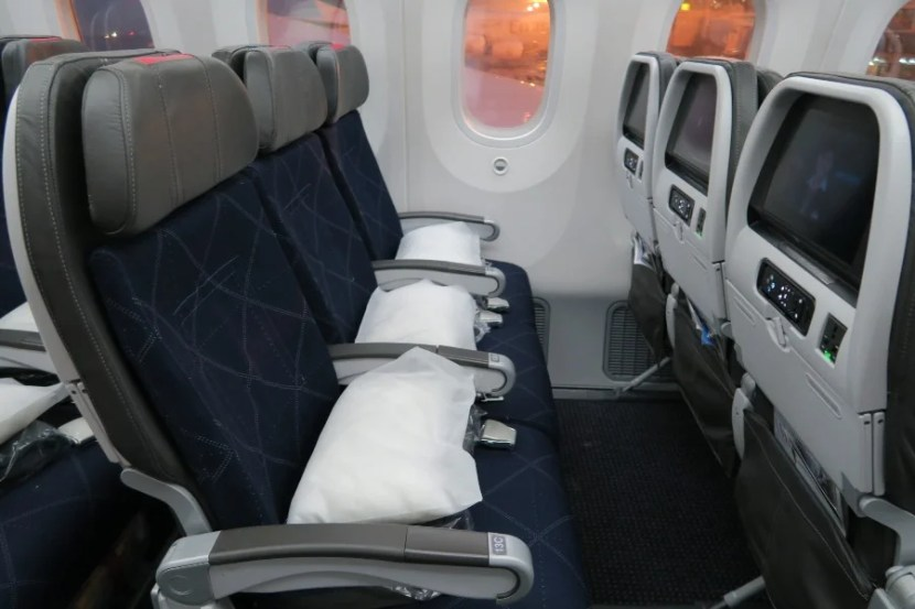 Main Cabin Extra on American Airlines' 787 Dreamliner. Photo by the author.