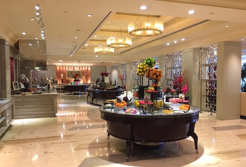 The all-day dining restaurant, Garden Court, included a buffet.