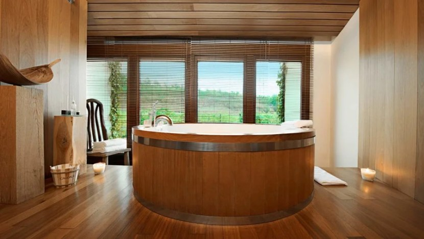 Who wants to bathe in a wine barrel tub?