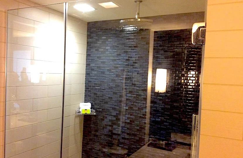 The shower in my Intercon room.