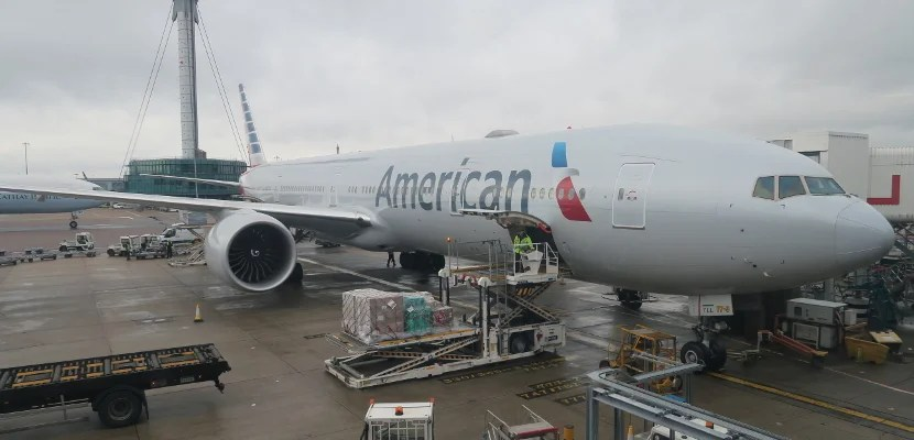 American Airlines 777-300ER at London Heathrow