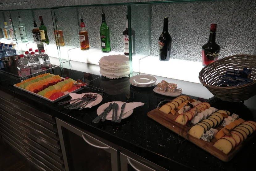 One of the many bars containing drinks and food.