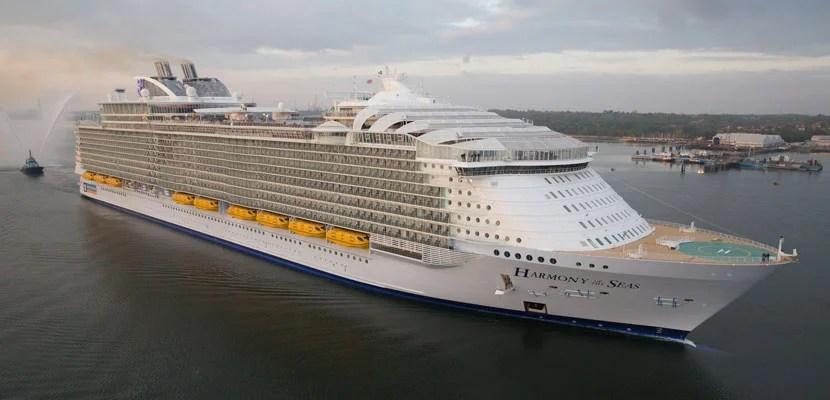Royal Caribbean Harmony of the Seas cruise ship.