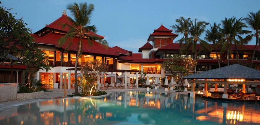 holiday inn bali - featured