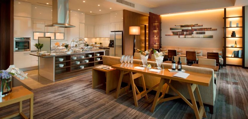 conrad tokyo executive lounge featured