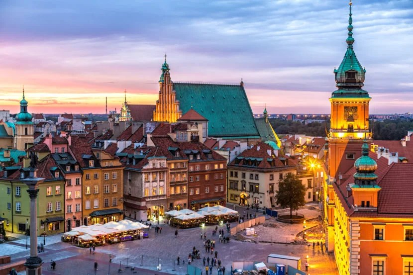 You will be able to fly non-stop from Los Angeles and Newark to Warsaw on LOT Polish starting in 2017. Image courtesy of Getty Images.