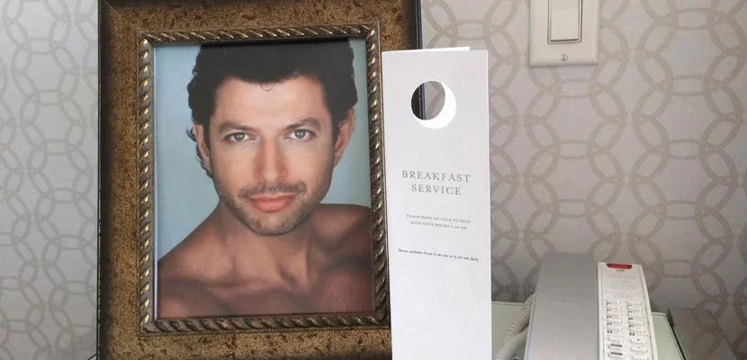 Just one of the many Jeff Goldblum photos waiting for themin the room. Image courtesy of guest Seth Freedland's Facebook page.
