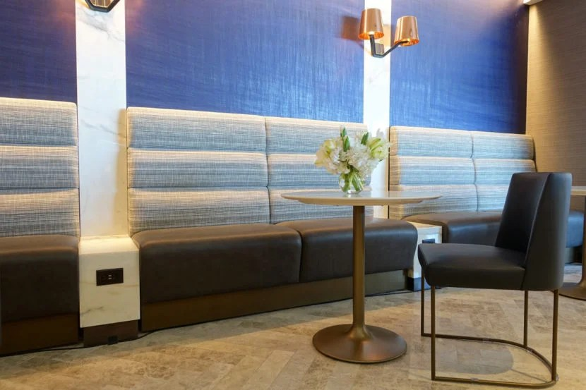 United Polaris Lounge Preview