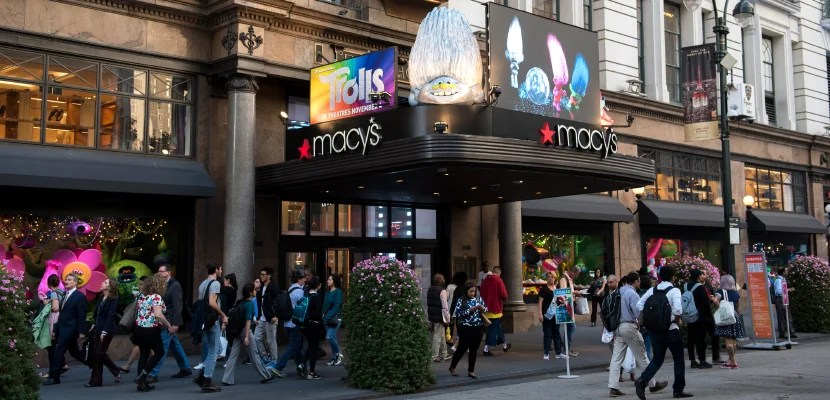 NEW YORK, NY - SEPTEMBER 27: A view outside Macy's Herald Square on September 27, 2016 in New York City.  (Photo by Noam Galai/Getty Images)