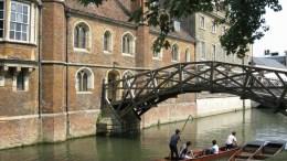 Queens'_College_Mathematical_Bridge