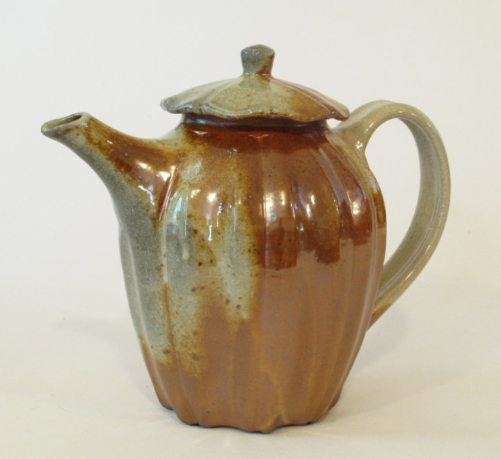 David Voorhees shino fluted back handle stoneware teapot
