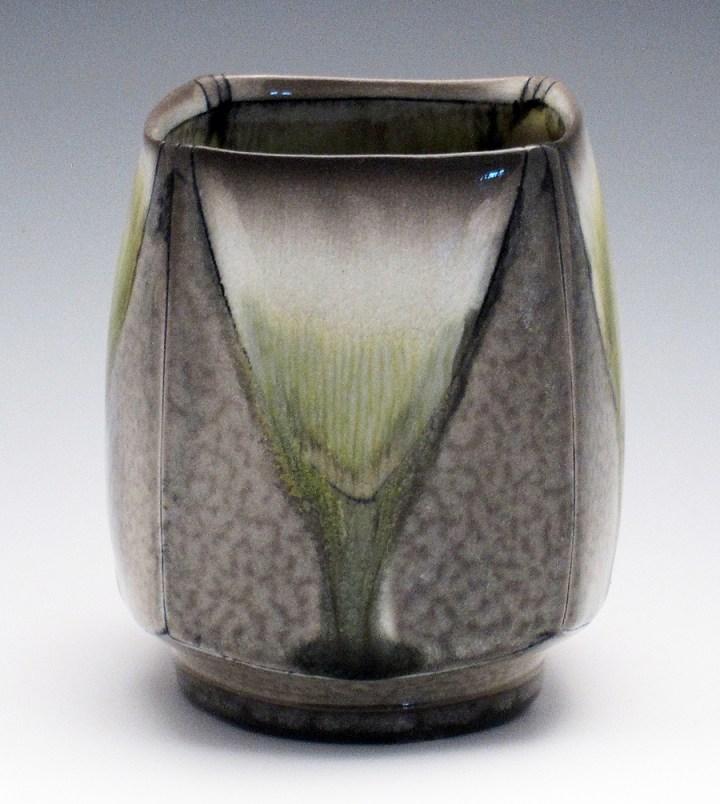 lorna-meaden-tea-bowl