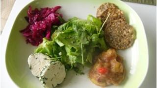 Tantalizing Salad Combo