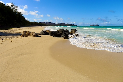 thereafterish, hawaii life, hawaii beaches, sherwoods, waimanalo bay beach, go beach