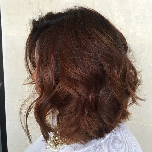 long wavy brown bob with balayage