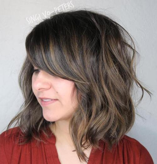 Wavy Bob With Bangs And Highlights