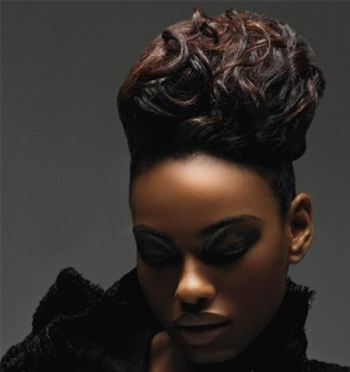 45: Black Women Wedding Hairstyles With Long Springy Curls