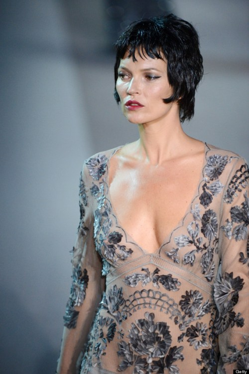 Kate Moss short hairstyle for fine hair