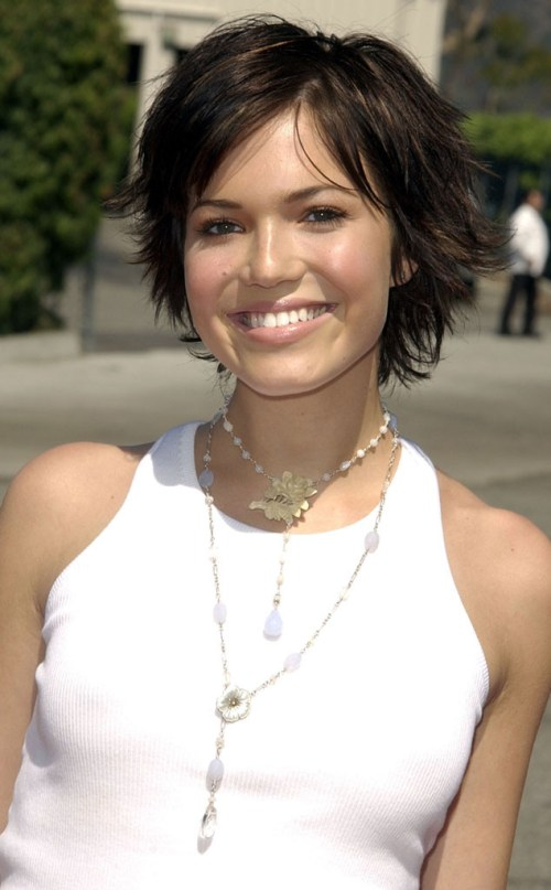 pics photos mandy moore cute short layered hairstyle mandy moore ...