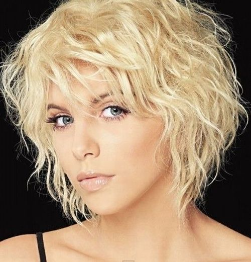 Short bob for curls