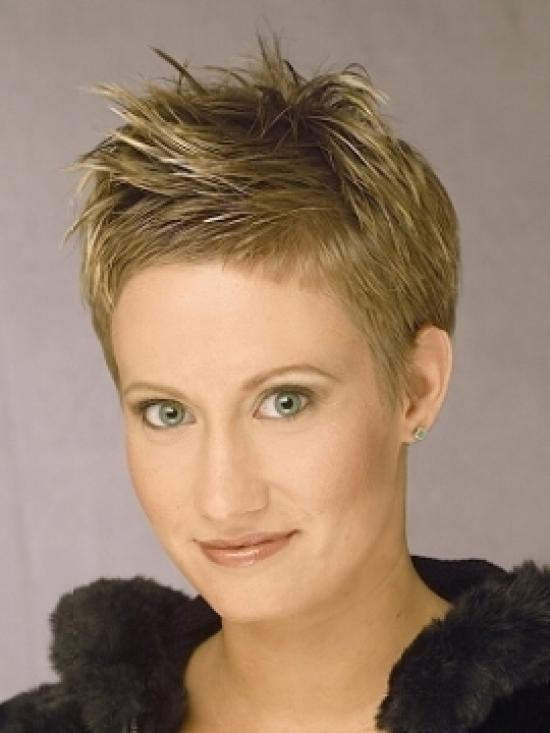 Short pixie with ragged tips