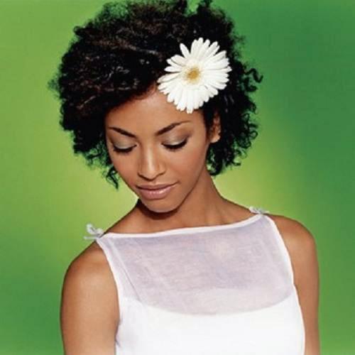 simple black wedding hairstyle