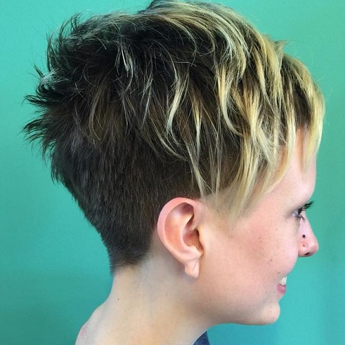 Choppy Undercut Pixie With Highlights