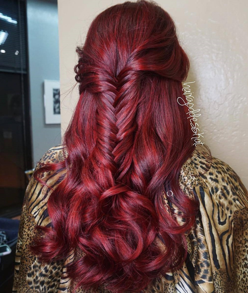 simple half up fishtail braid hairstyle