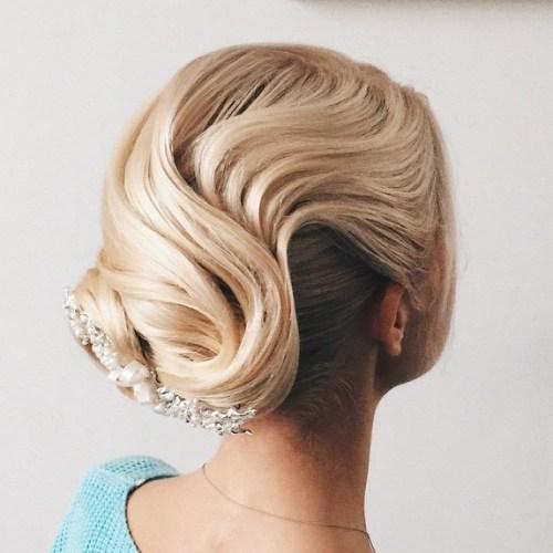 Blonde Vintage Updo