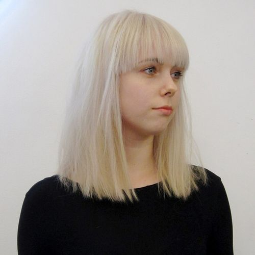 blunt bob with bangs for fine hair