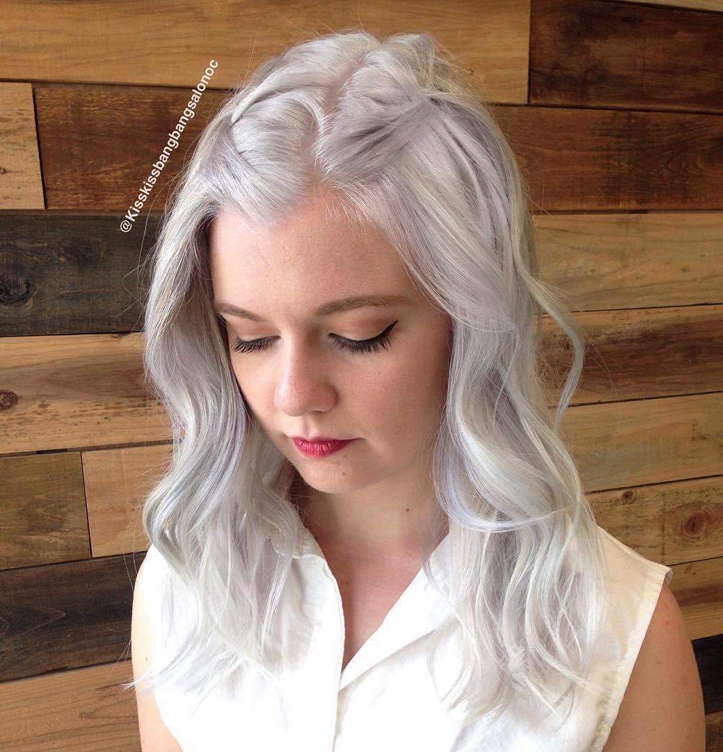 Medium Silver Hairstyle For Thin Hair