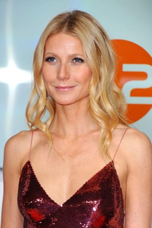 Gwyneth Paltrow wavy hairstyle for fine hair