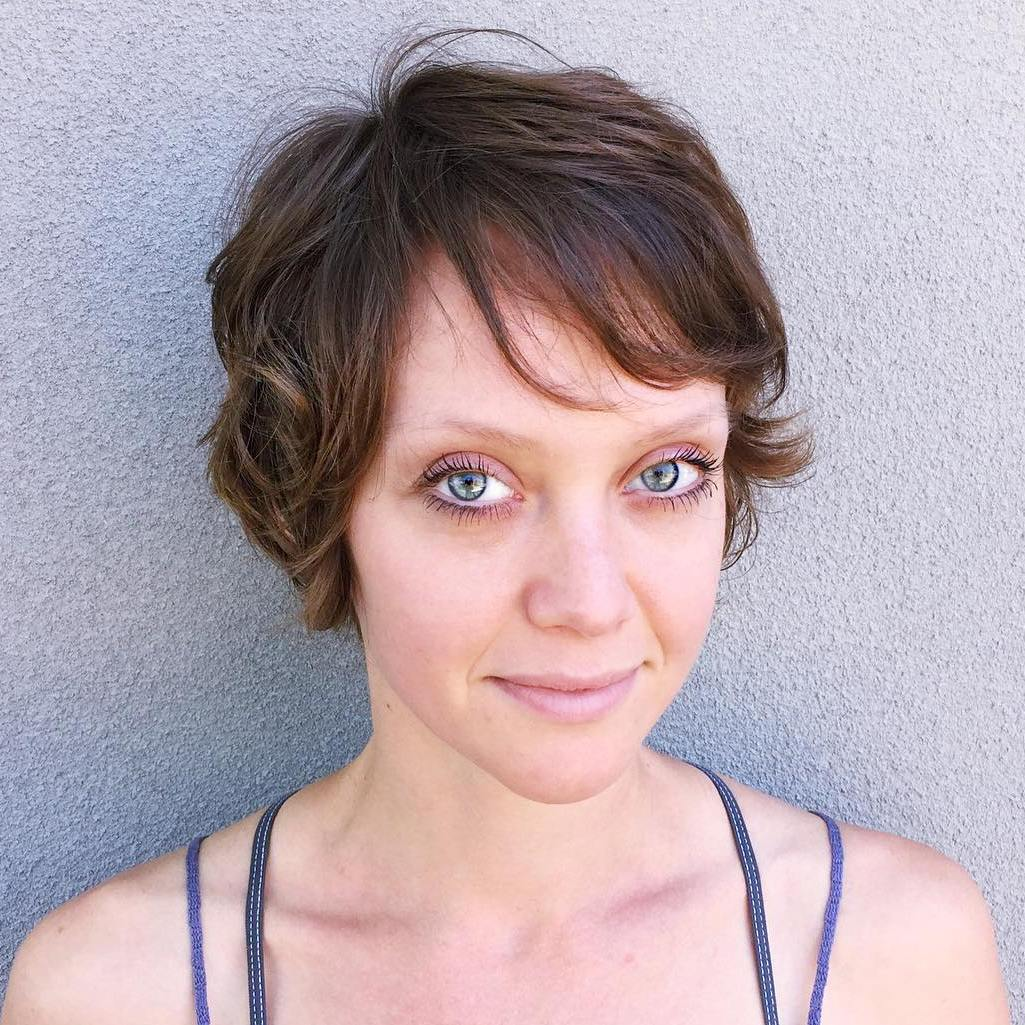 Short Wavy Hairstyle For Fine Hair