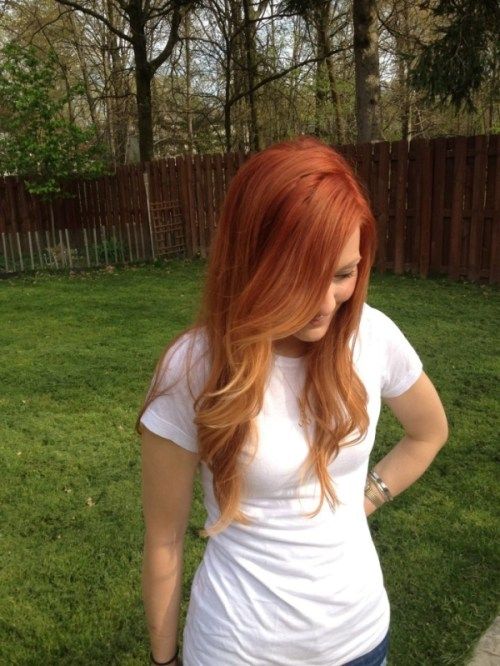 natural-looking red ombre hair